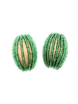 Ovale in legno tinto su tono, ricoperto di perline di conteria, 26x34 mm., Verde smeraldo