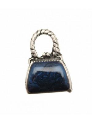 Ciondolo smaltato a forma di borsetta liscia con smalto perlato 16x22 mm. Base argento antico