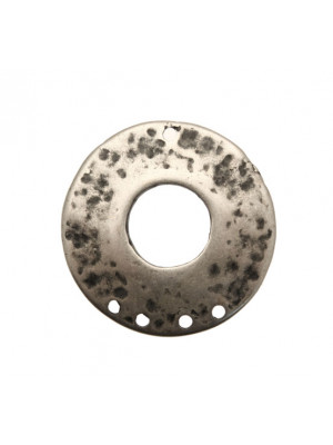 Cerchio tondo piatto martellato per orecchino, forato al centro, largo 35 mm., lungo 35 mm.