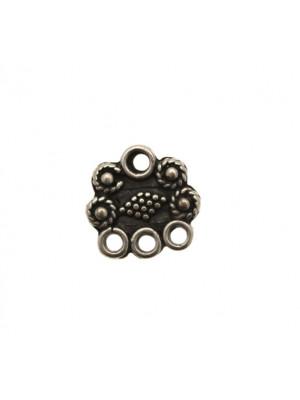 Base per orecchino a forma di rettangolo irregolare, largo 15 mm., lungo 14 mm.