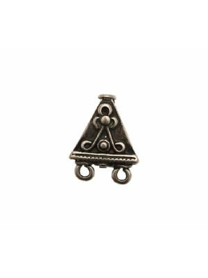 Base per orecchino a forma di triangolo, con foro passante (dall'alto al basso), largo 16 mm.