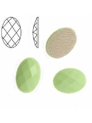 Cabochon ovale sfaccettato, termoadesivo, in resina, colore VERDE PASTELLO