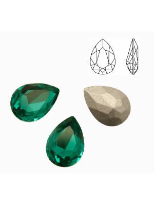 Gemma a goccia sfaccettata, in cristallo, colore VERDE SMERALDO CHIARO