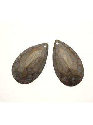 Goccia piatta multisfaccettata con foro in testa in resina color Bronzo sfumato in grigio