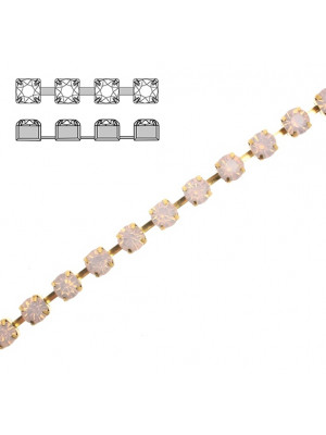 Catena strass, con cristalli Preciosa, base in metallo colore ottone, colore strass ROSE WATER OPAL