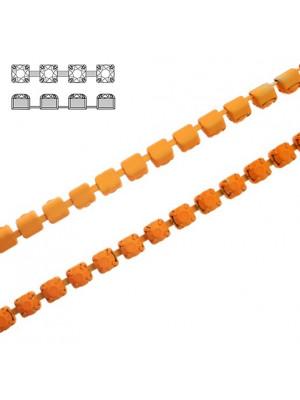 Catena strass, con cristalli non swarovski, colore strass e catena ARANCIONE FLUO EFFETTO GOMMOSO
